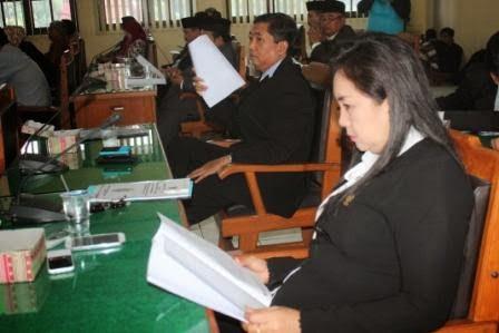 Berita foto dan Video terkini Sinar Ngawi: DPRD Kab. Ngawi Paripurnakan 6 Raperda, dantaranya tentang Raperda Pemilihan Kepala Desa