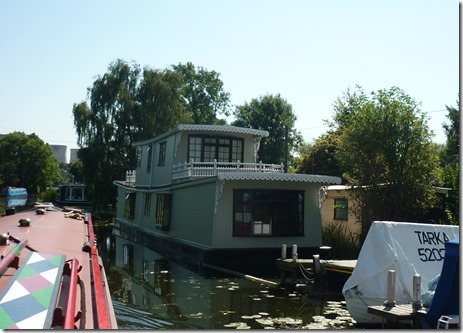 11 houseboat