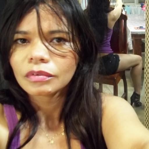 Darlene Luna