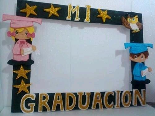 Crea Un Marco Gigante Para Una Graduación