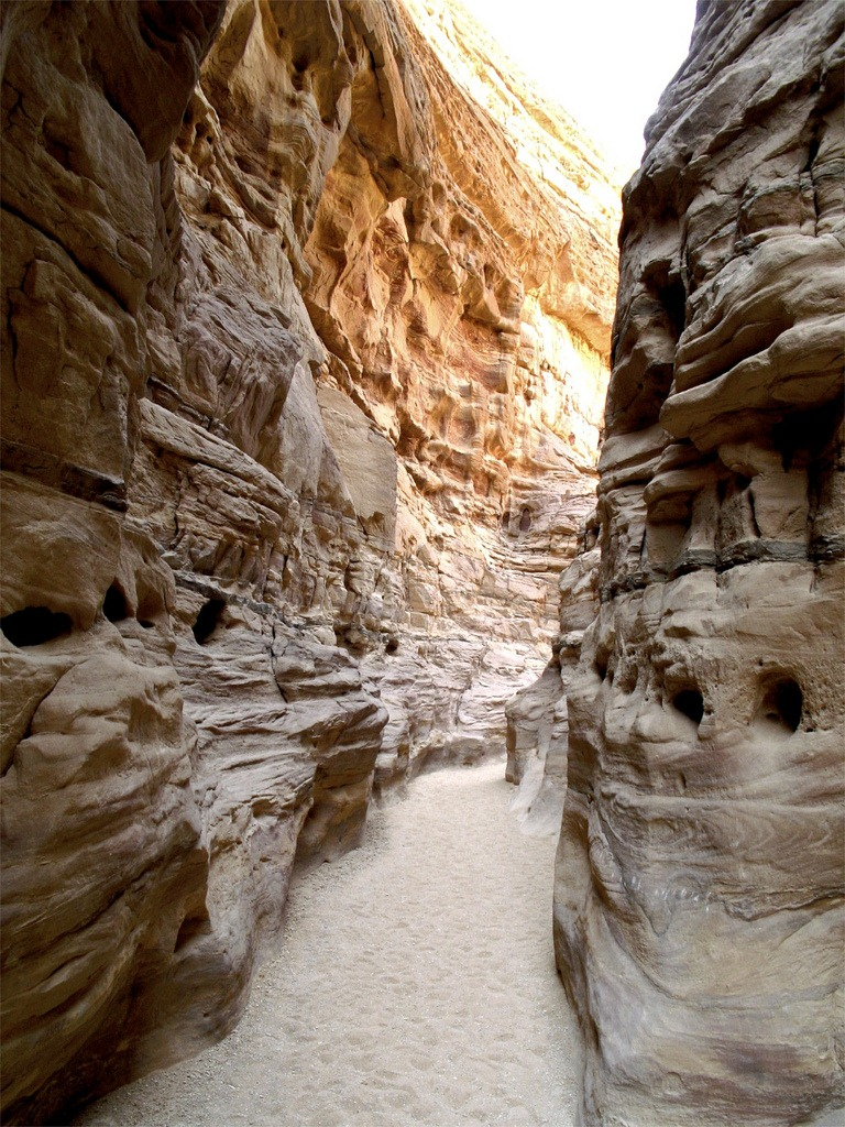 coloured-canyon-egypt-12