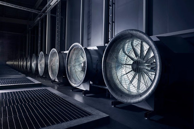 A Look Inside Facebook's Data Center : Where All Your Data Is Stored 28