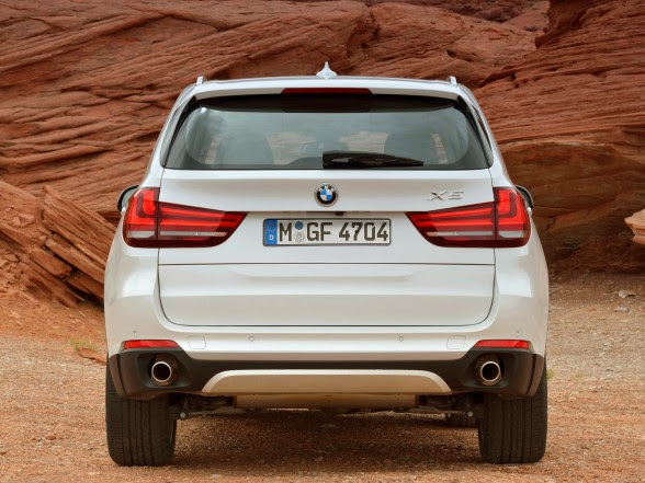 2014 BMW X5 - xDrive30d - Rear