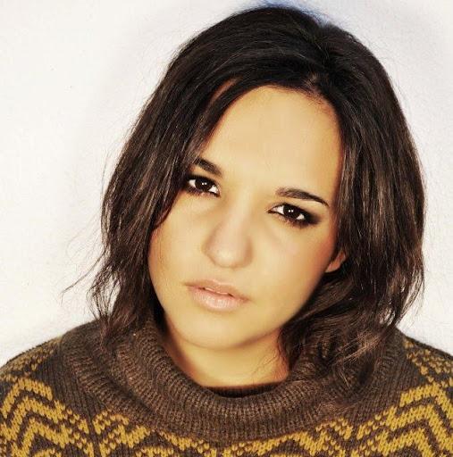 Yaiza Lara Photo 12