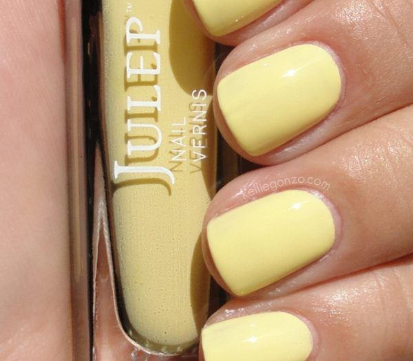 CHEERY AND BRIGHT YELLOW NAILS ART DESIGNS FOR 2018