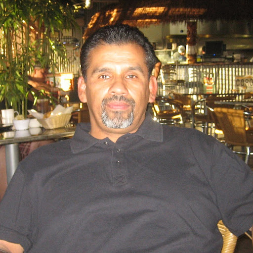 Oscar Mendoza Photo 34