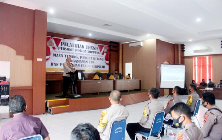 Pimpin Pelatihan Teknis PAM TPS, Kapolres Soppeng Sampaikan Ini