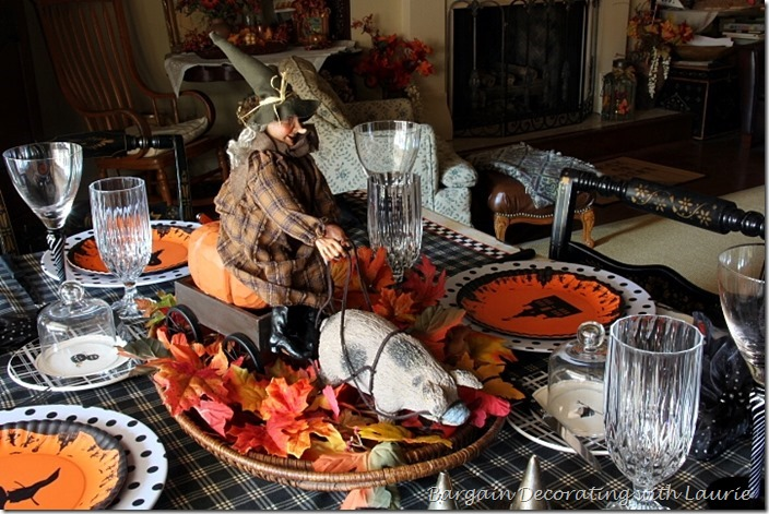 Halloween Tablescape Cenerpiece