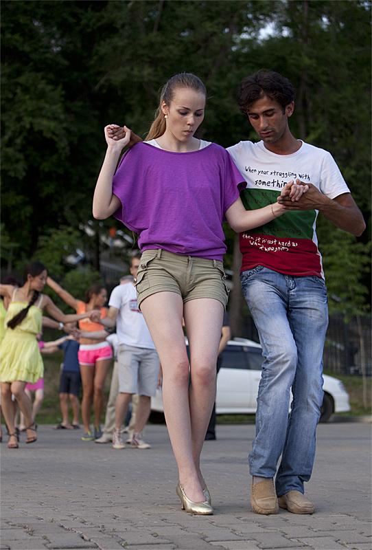 e2fce5bb6af4 Люблю их ножки; только вряд найдете вы в России целой три пары...:  sergeyk2006 ?