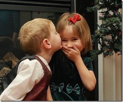 niños besandose (6)