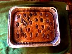 Walnut or pecan cake