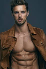 Christian Hogue Height, Wiki, Biography, Weight, Net Worth, Age, Who, Instagram