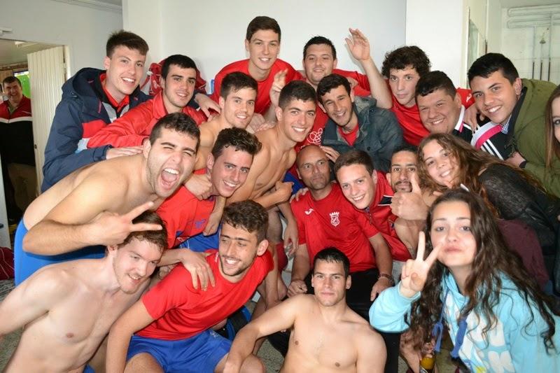 Numancia de Ares. Os modestos celebrando o 4º posto. (19/04/2015)