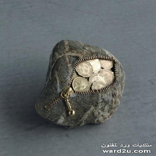 منحوتات صخريه باسمه للفنان Hirotoshi Itoh