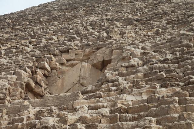 فى مصر الرجل تدب مكان ماتحب ( خاص من أمواج ) IMG_1696