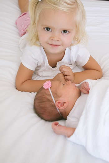 Ellie and Addie - Sibling Photos