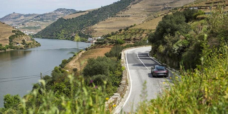 N222: a melhor estrada do mundo é portuguesa