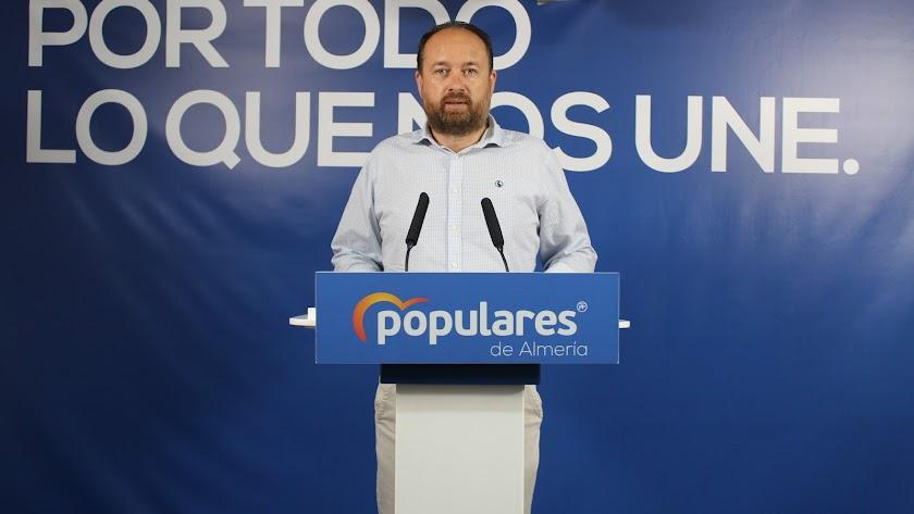 El parlamentario popular, Ramón Herrera.