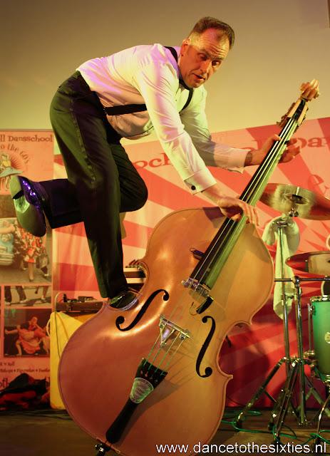 Phil Haley  & his Comments bij 20 Jaar Dance to the 60's Rock n Roll Dansschool (238).JPG
