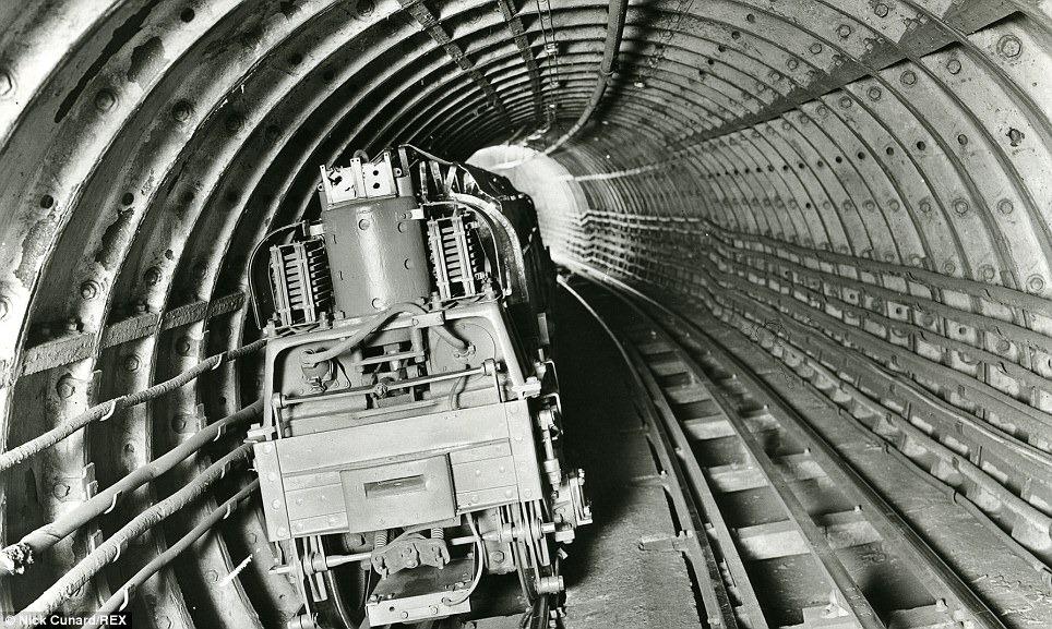 mail-rail-5