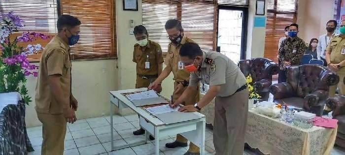 Pemerintah Kabupaten Kotabaru me-launching Sistem Integrasi Bea Perolehan Hak atas Tanah dan Bangunan (BPHTB). Sistem itu dijewantahkan dalam bentuk aplikasi android.