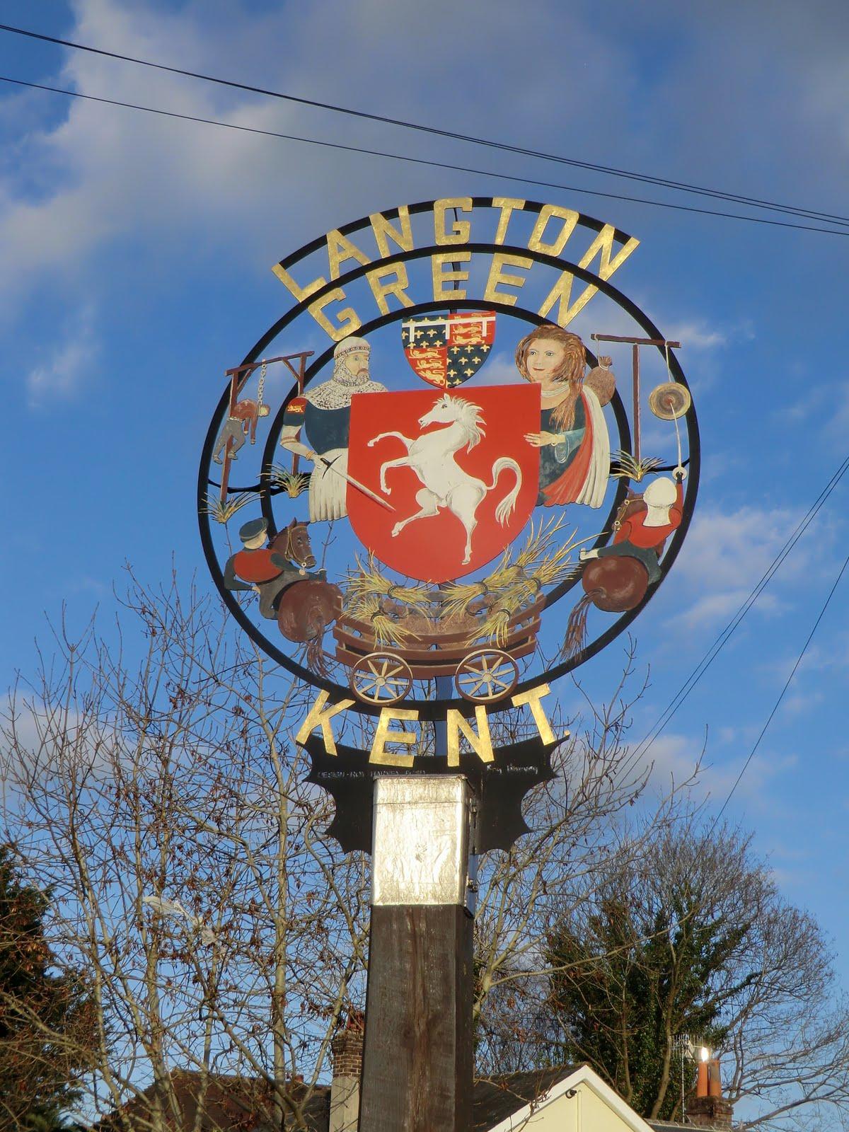 CIMG1744 Langton Green village sign