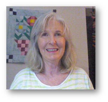 Headshot of Julia Zanon