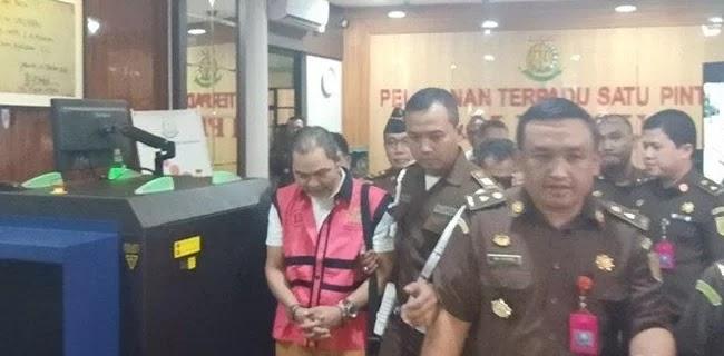Lima Tersangka Jiwasraya Resmi Ditahan, Disebar di Rutan Berbeda