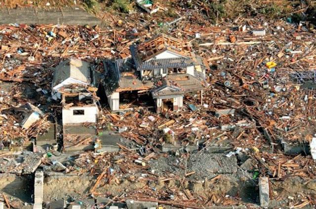 Tsunami – Japão 2011 - As melhores imagens da tragedia... Fotos-do-japao-13