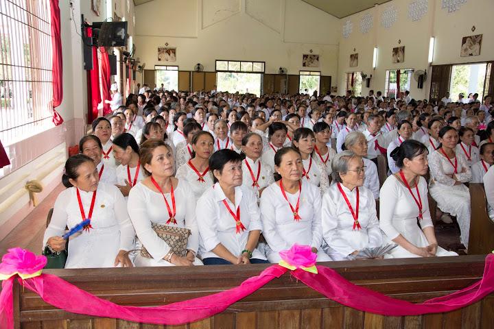 Đại hội Gia đình Phạt Tạ Thánh Tâm giáo phận Giáo Phận Nha Trang tại giáo xứ Nghĩa Phú lúc 8giờ sáng ngày 12/6/2016