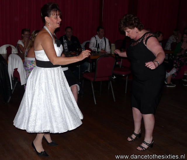 15 jaar dance to the 60's rock and roll dansschool voor danslessen, dansdemonstraties en workshops (82).JPG