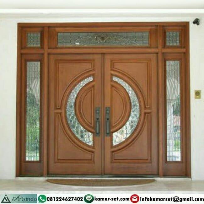Model pintu rumah depan sederhana