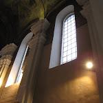 2011.04.14.-Nowe oświetlenie w kościele.JPG
