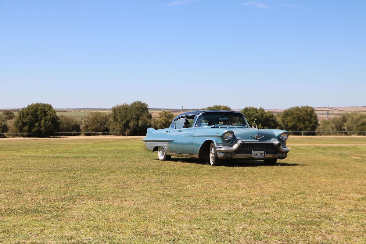 Cadillac (12).jpg