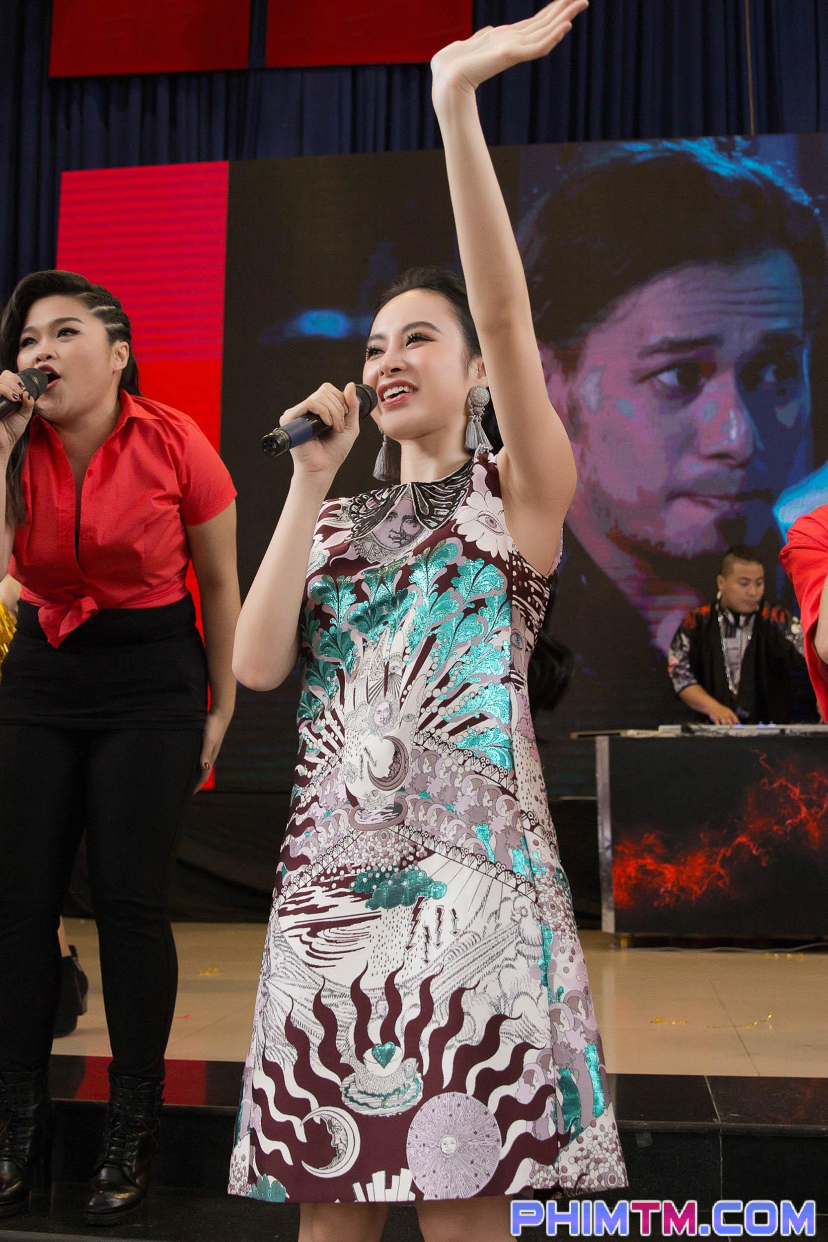 Angela Phương Trinh bất ngờ công bố chuẩn bạn trai ngoài đời phải chất và đàn ông như Hữu Vi - Ảnh 1.