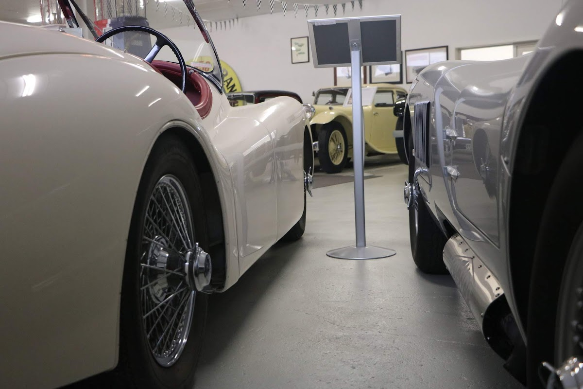 Carl_Lindner_Collection - XK120 and XK120C Replica.jpg