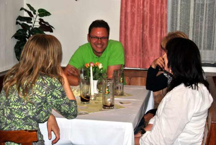 20120713 Clubabend Tierarztvortrag - DSC_0222.JPG
