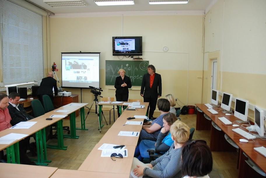 Warsztaty dla nauczycieli (1), blok 1 25-05-2012 - DSC_0055.JPG