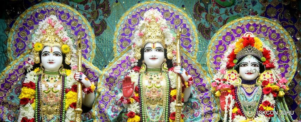 ISKCON Juhu Sringar Deity Darshan on 24th July 2016 (27)