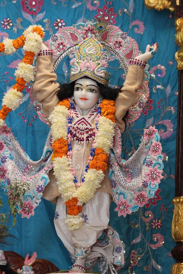 ISKCON Kanpur Deity Darshan 17 Dec 2015 (14)