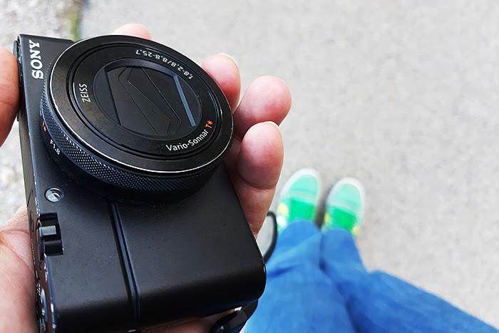 SonyRX04.jpg