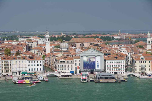 Vue depuis le campanile de la basilique Saint-Georges (San Giorgio Maggiore).