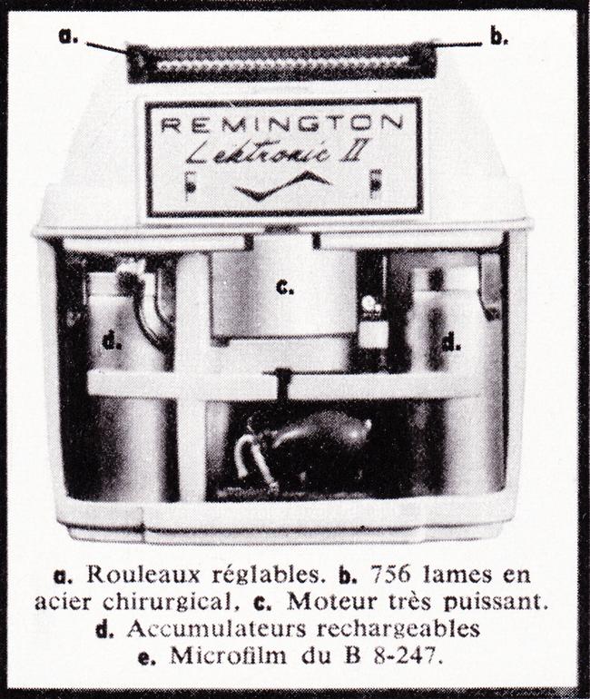 Publicité vintage : ...à présent, il sentait nettement dans son dos le contact froid et hostile du canon d'un 6 x 35 (Lektronic II  - Remington). - Pour vous Madame, pour vous Monsieur, des publicités, illustrations et rédactionnels choisis avec amour dans des publications des années 50, 60 et 70. Popcards Factory vous offre des divertissements de qualité. Vous pouvez également nous retrouver sur www.popcards.fr et www.filmfix.fr