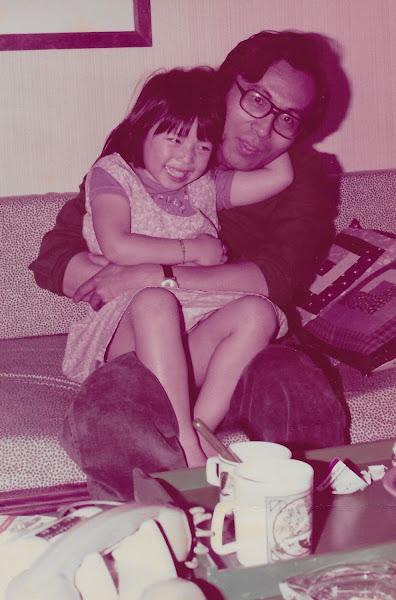 張維嘉老師1975年與女兒~Valentine(2~3歲時)