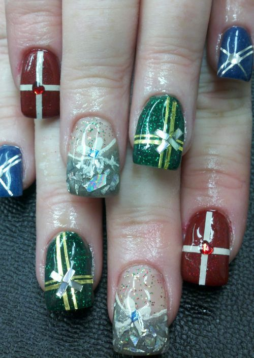 Winter Sweater Patterned Nails