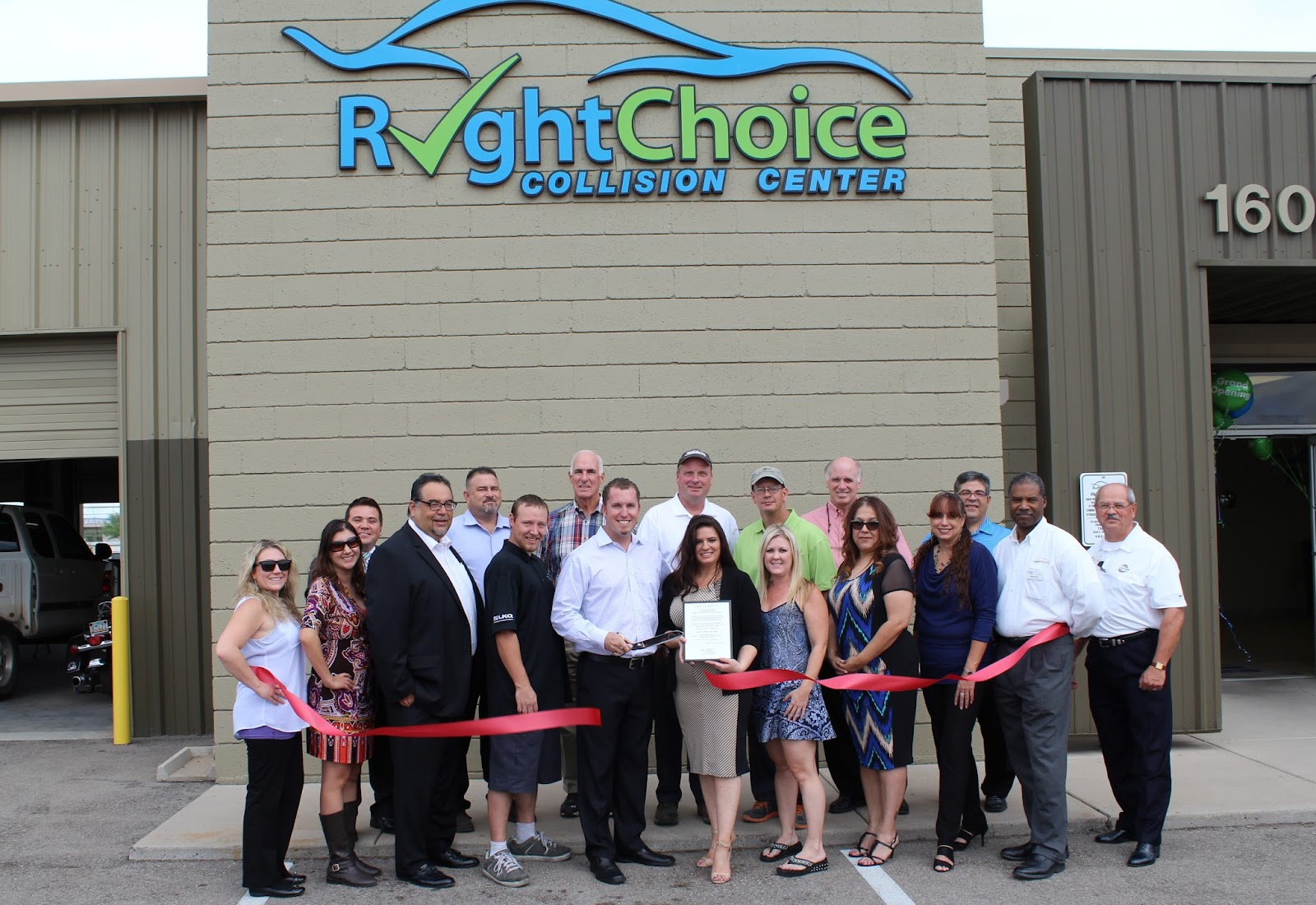 """""""A big thank you to all who took the time to celebrate our grand opening! We are an independent shop here to serve the community the RIGHT WAY, which makes us the RIGHT CHOICE each and every time. We look forward to serving the automotive needs of the Tucson community.""""  Right Choice Collision Center 1601 E. 22nd Street, 85713 (520) 867-6021"""