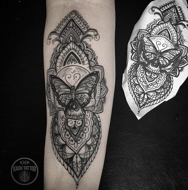 esta_muito_ornamental_tatuagem_de_borboleta_design