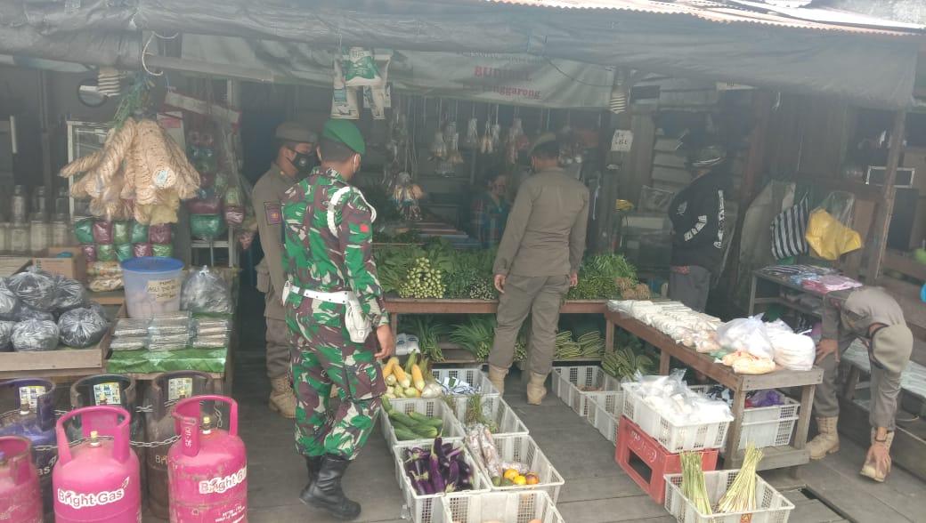 Kodim 0906/Tenggarong Gencar Berikan Himbauan Kepada Warga Untuk Patuhi Prokes
