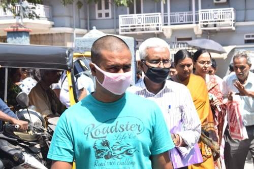 Corna : The number of people wearing Mask in Vellore is increasing.