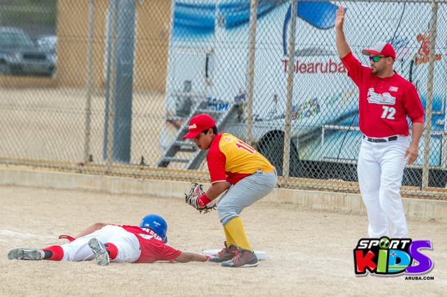 July 11, 2015  Serie del Caribe Liga Mustang.  Puerto Rico vs Venezuela 5-2 - base%2Bball%2Bpony%2BJuli%2B11%252C%2B2015%2Bbest%2Bshot%2Bby%2BKlabe%25CC%2581r-20.jpg